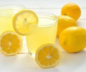 Kaalulangus sooja veega mesi sidruniga Pahklid kaalulangus