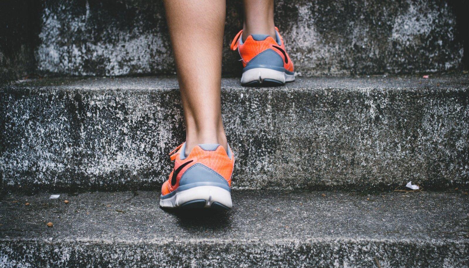 Ulemise seljavalu parast kaalulangus Kas lihas poleb rasva puhkusel